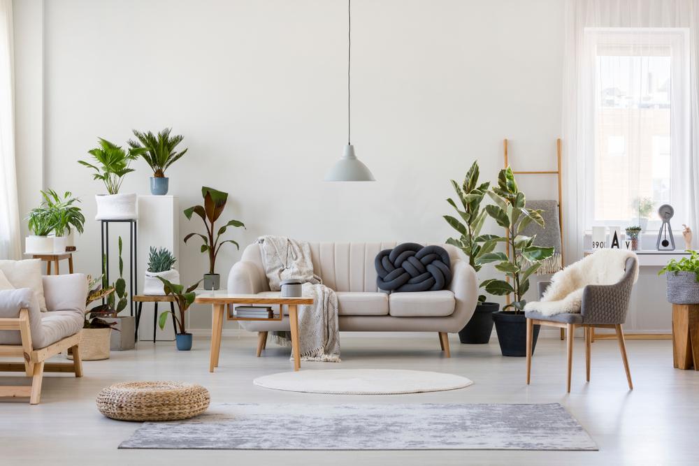 Tre funktionelle og smarte møbler til stuen